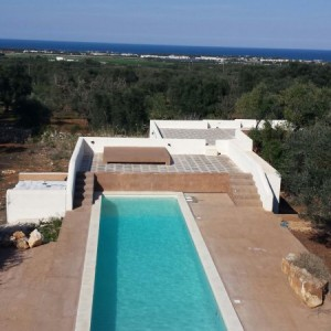 Modern villa with sea views for sale in Puglia