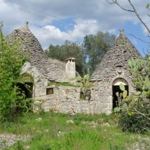 Set of trulli for sale in puglia