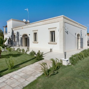 Luxury House for sale in Oria